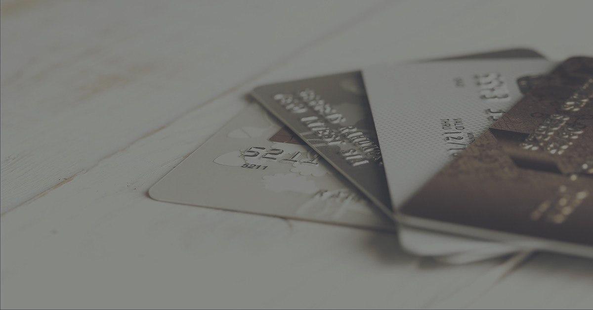 Выплаты на карты: универсальность и быстрота решения